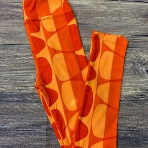 LuLaRoe Halloween kids leggings candy corn orange